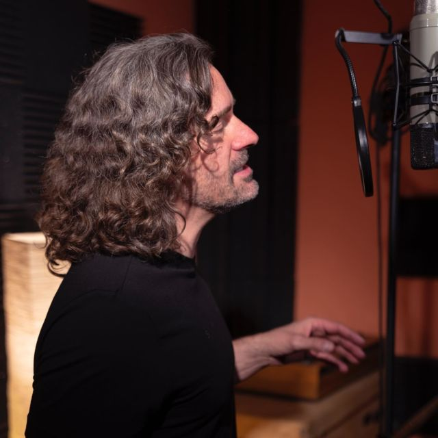 During SHINE recording at @bucbonera . Photo: @alsamci